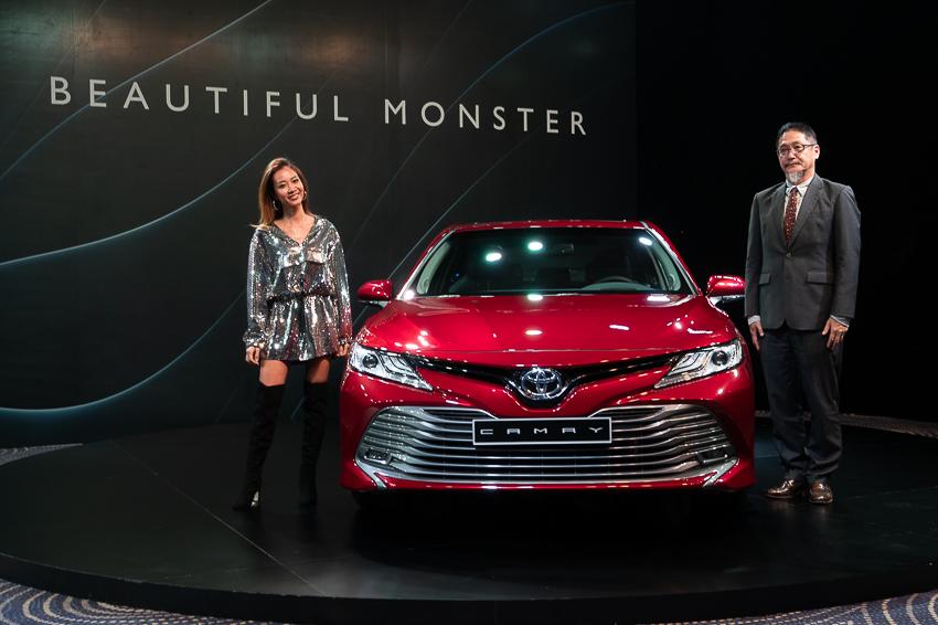 Ông Toru Kinoshita – Tổng giám đốc Công ty Ô tô Toyota Việt Nam và đại sứ thương hiệu của dự án NO QUALITY. NO LIFE, Nữ hoàng nhạc Rap Suboi.