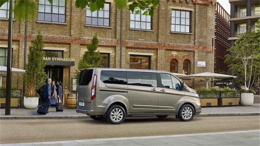 Ford Tourneo Custom - 04