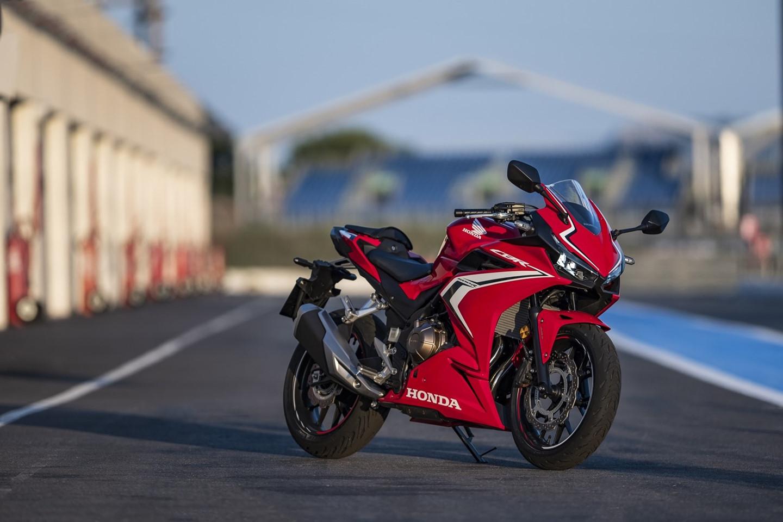 Bộ ba mô tô Honda phân khối lớn: CBR500R, CBR650R và CB500X - 04