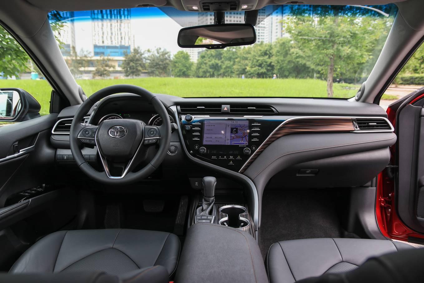 Toyota Camry 2019 sẽ chính thức ra mắt thị trường Việt Nam - 03