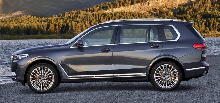 2020 Mercedes GLS Vs. 2019 BMW X7: Bạn đang ở bên nào? - 10