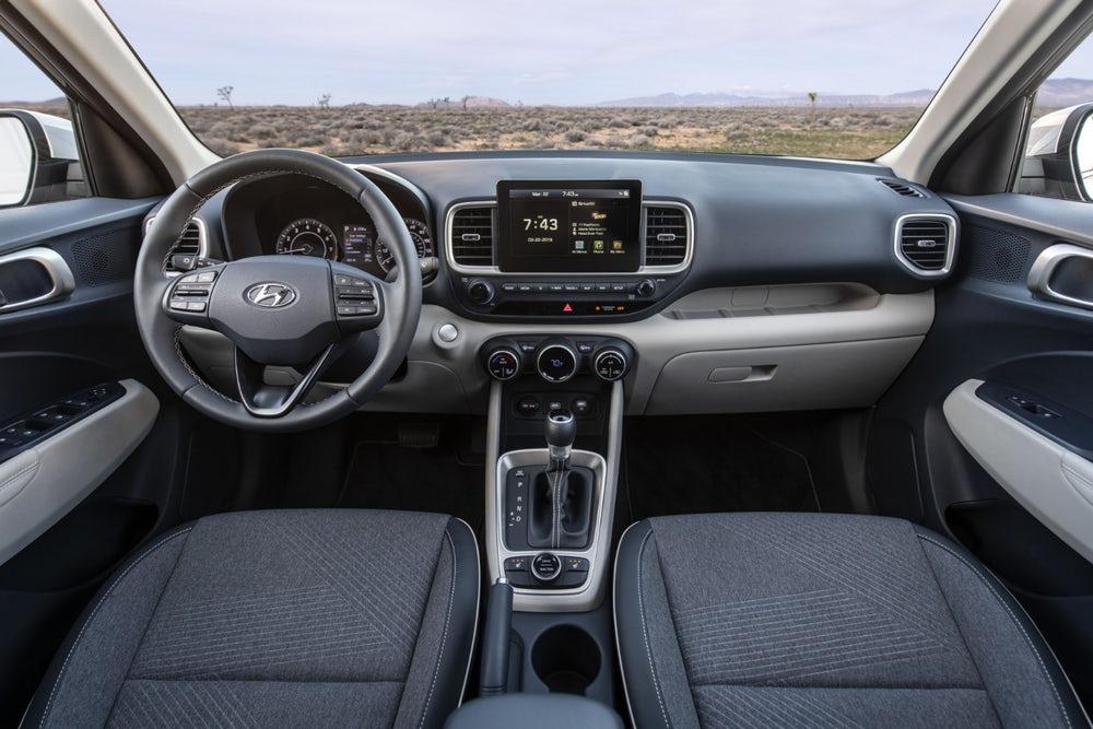 Hyundai Venue ra mắt, giá từ 9.300 USD - 05