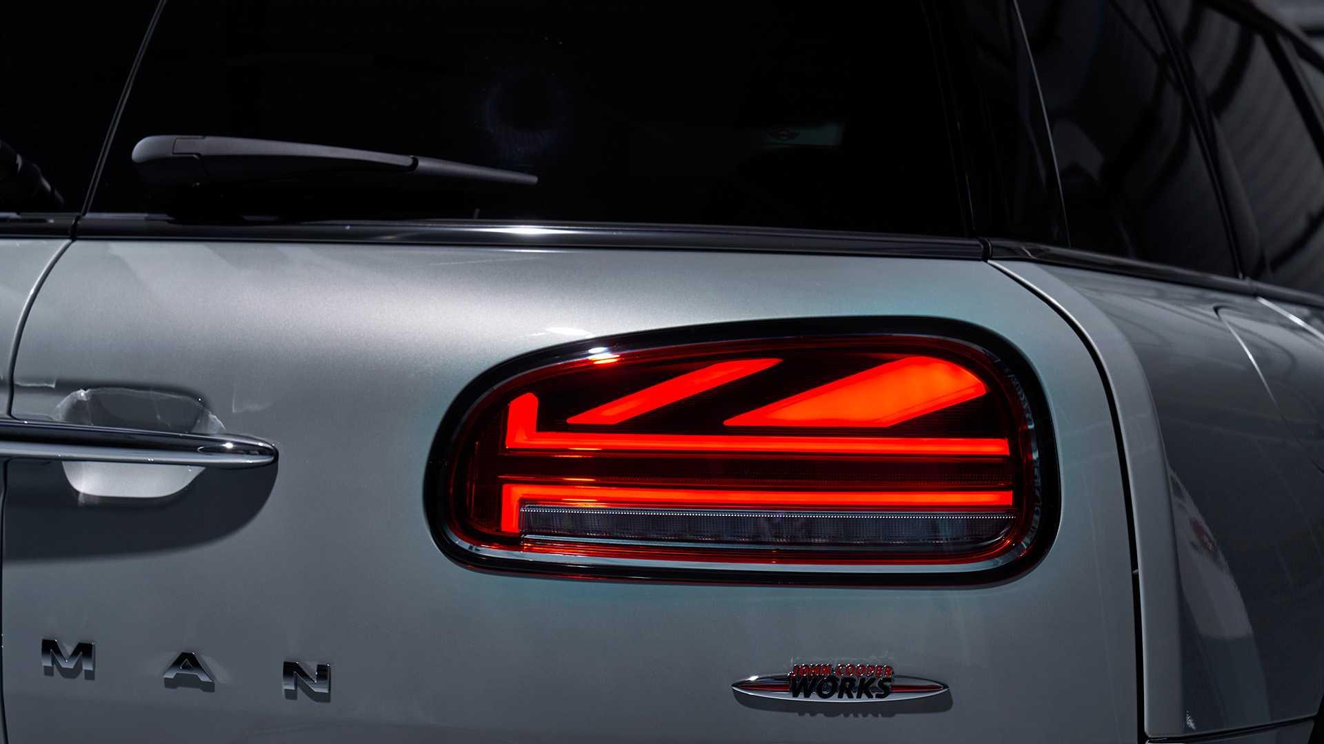 John Cooper Works Clubman và Countryman 2020 vừa xuất hiện, được tiết lộ thêm khá nhiều thông tin. Điểm nổi bật nhất của hai mẫu xe này chính là ở động cơ. - 36