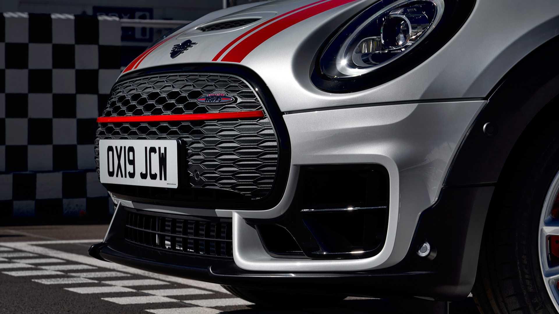 John Cooper Works Clubman và Countryman 2020 vừa xuất hiện, được tiết lộ thêm khá nhiều thông tin. Điểm nổi bật nhất của hai mẫu xe này chính là ở động cơ. - 38