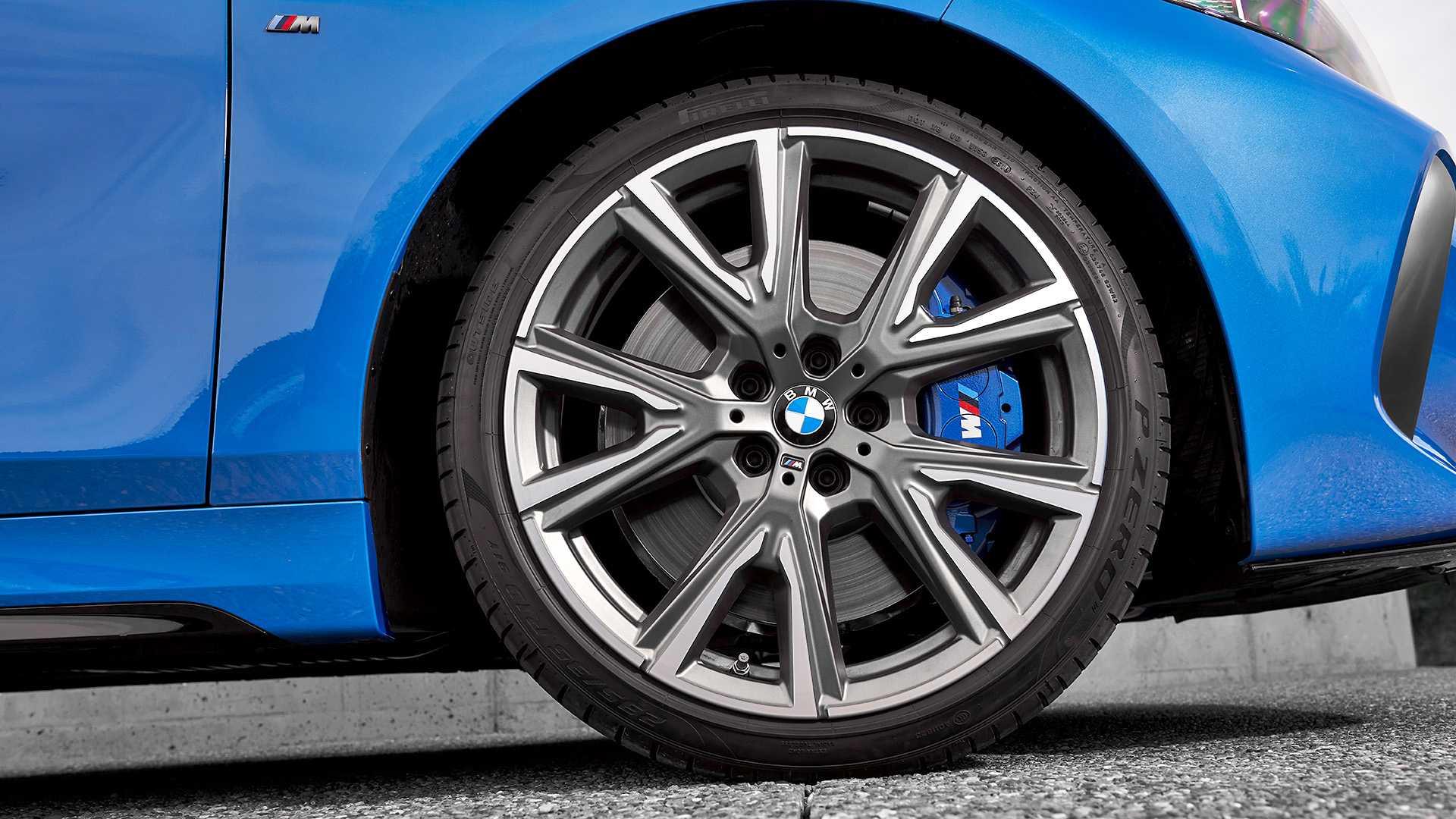 BMW 1 Series thế hệ mới, chiếc hatchback cỡ nhỏ chất không kém đàn anh X2 5