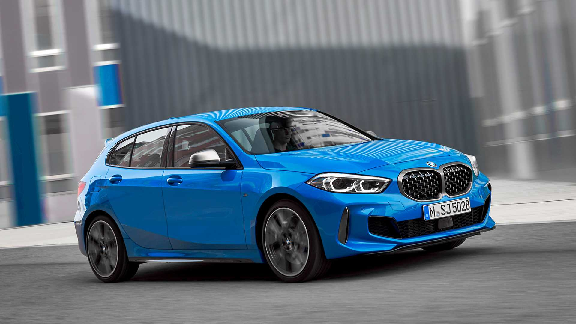 BMW 1 Series thế hệ mới, chiếc hatchback cỡ nhỏ chất không kém đàn anh X2 9