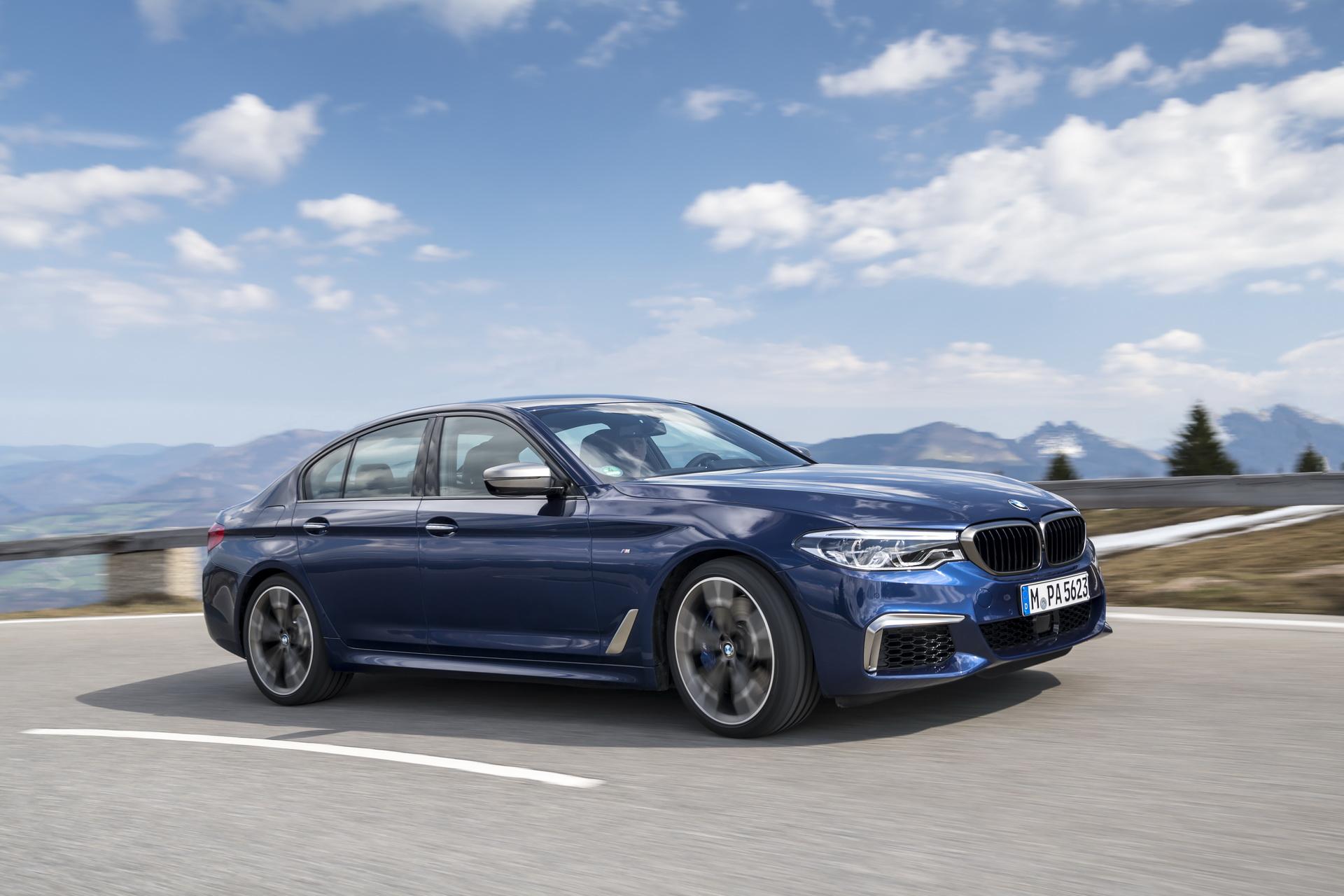 BMW M550i 2020 trang bị động cơ V8 4.4L - 06