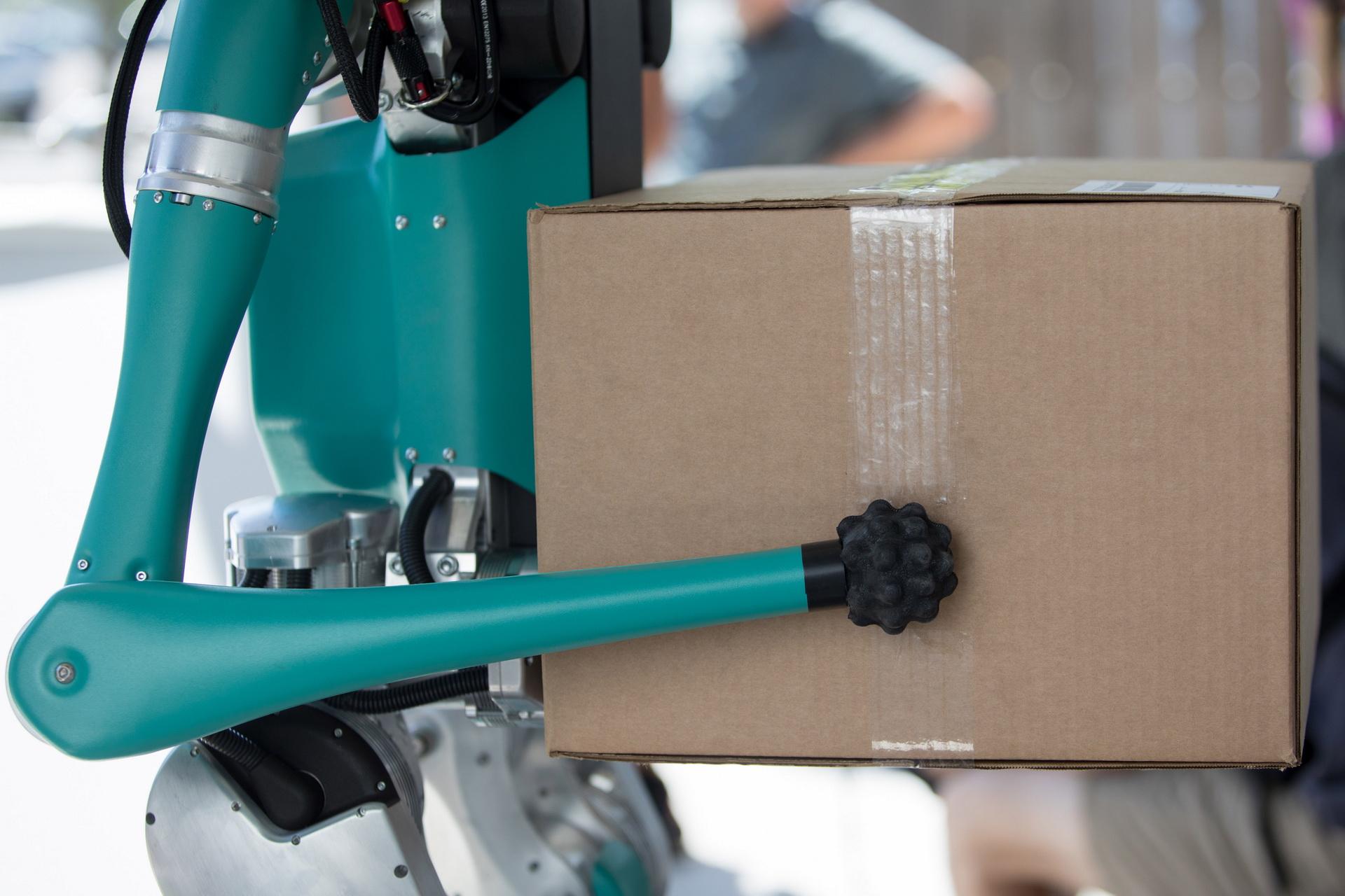 Ford phát triển Digit robot giao hàng tự động đến tận cửa - 8