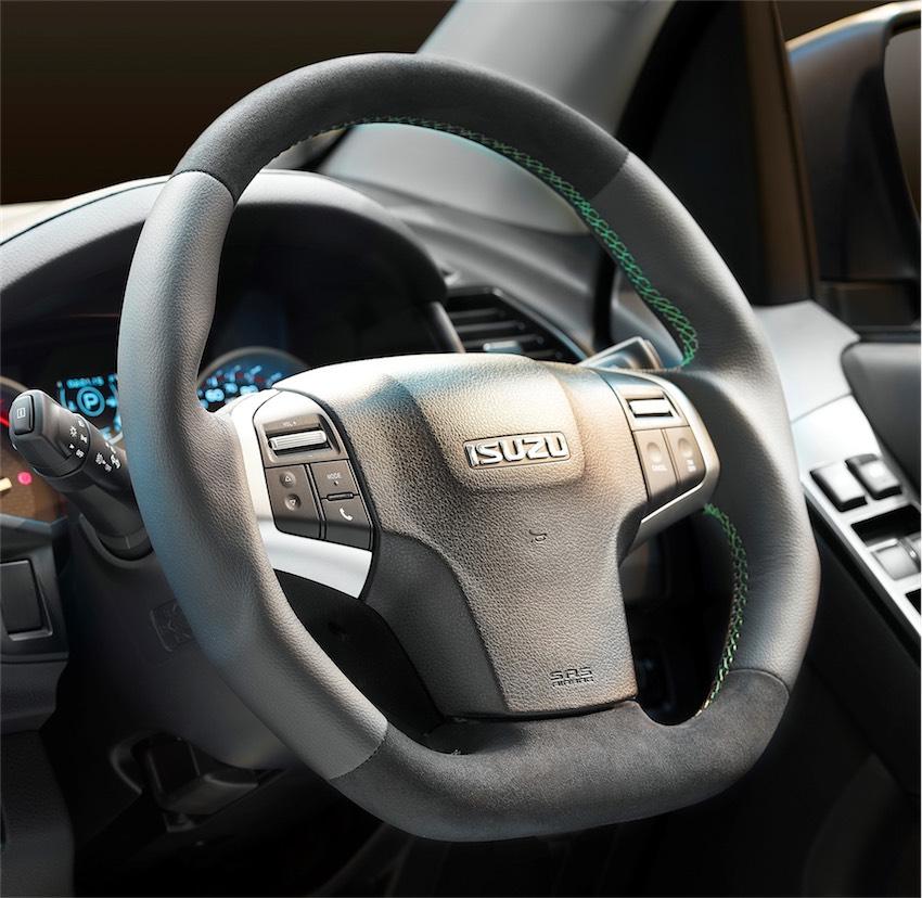 Isuzu D Max bản đặc biệt XTR nâng cấp cực chất cho dân mê off-road - 4