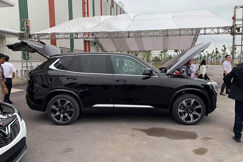 Loạt xe ô tô Vinfast bản thương mại xuất hiện ảnh thực tế tại Hải Phòng - 1