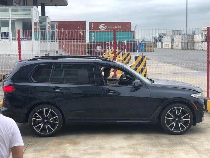 BMW X7 đầu tiên tại Việt Nam 2