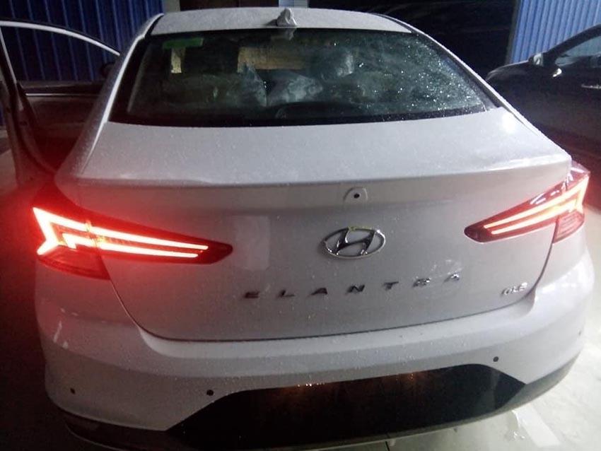 hình ảnh thực tế Hyundai Elantra Sport 2019 3