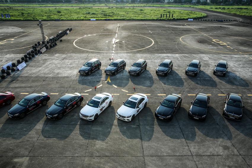 Học viện lái xe an toàn Mercedes-Benz Driving Academy 2019 tại Hà Nội 14
