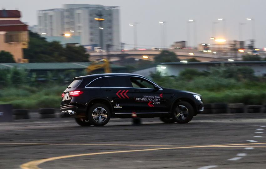 Học viện lái xe an toàn Mercedes-Benz Driving Academy 2019 tại Hà Nội 5