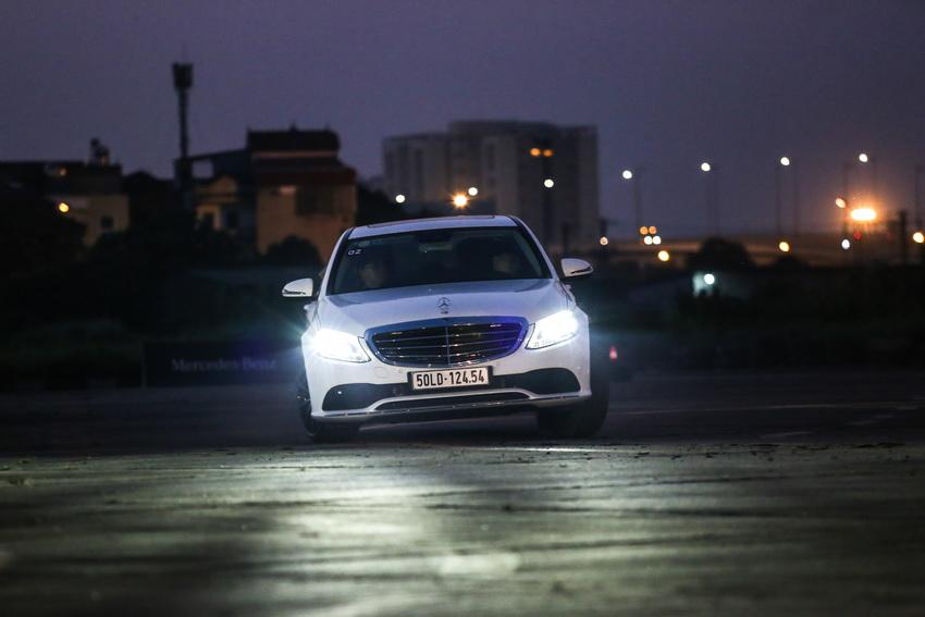 Học viện lái xe an toàn Mercedes-Benz Driving Academy 2019 tại Hà Nội 4