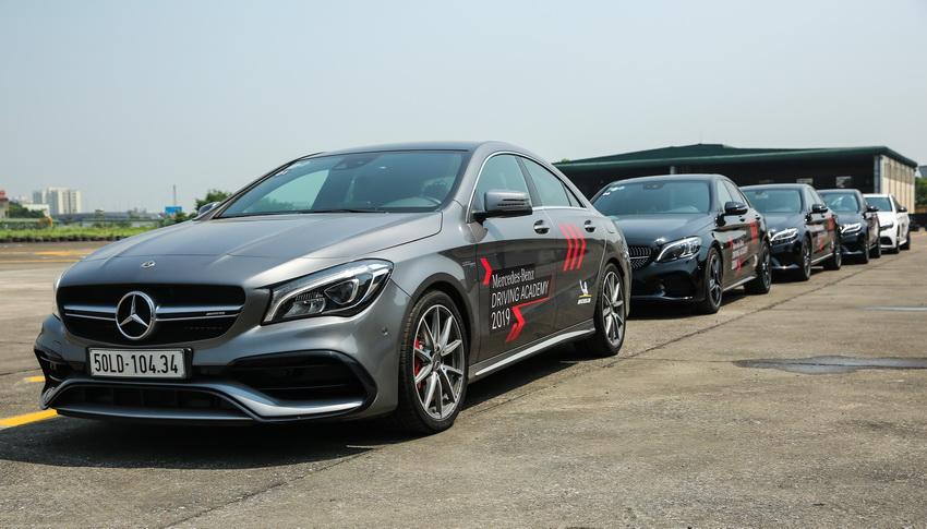 Học viện lái xe an toàn Mercedes-Benz Driving Academy 2019 tại Hà Nội 16