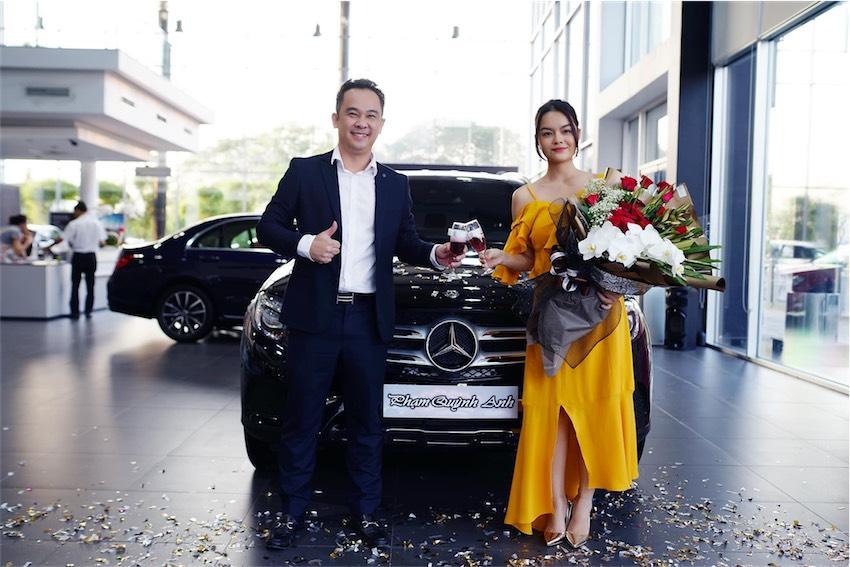 Phạm Quỳnh Anh tậu Mercedes-Benz GLC - 14