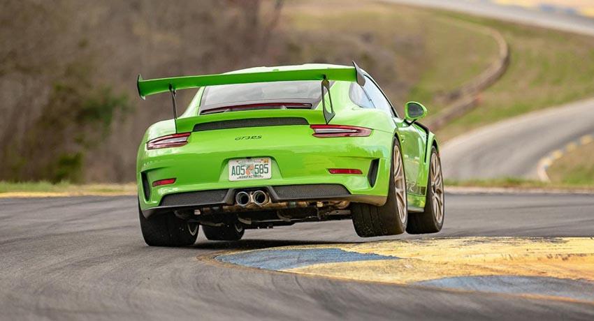 Porsche 911 GT3 RS hoàn thành đường đua Nurburgring trong vòng chưa đầy 7 phút