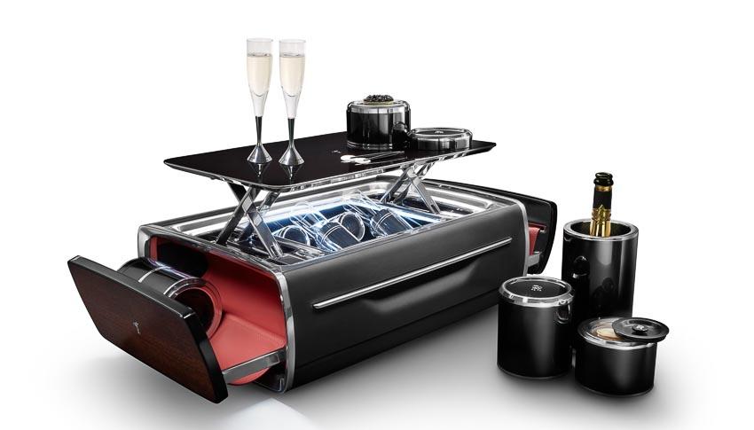Rolls-Royce ra mắt bộ phụ kiện cao cấp Rương sâm-panh 4
