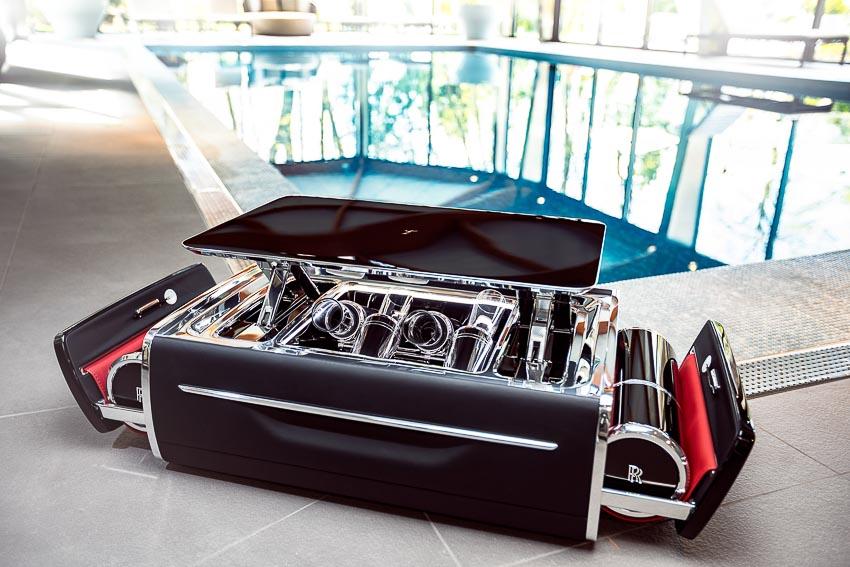 Rolls-Royce ra mắt bộ phụ kiện cao cấp Rương sâm-panh 6