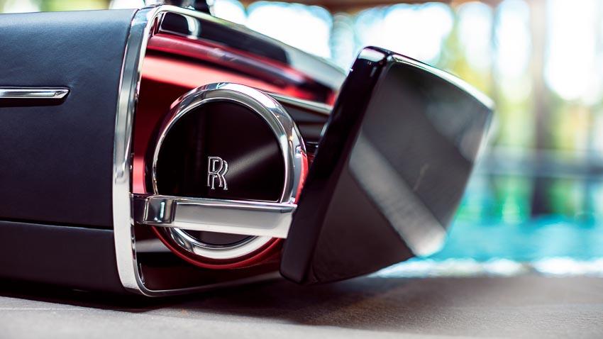 Rolls-Royce ra mắt bộ phụ kiện cao cấp Rương sâm-panh 7
