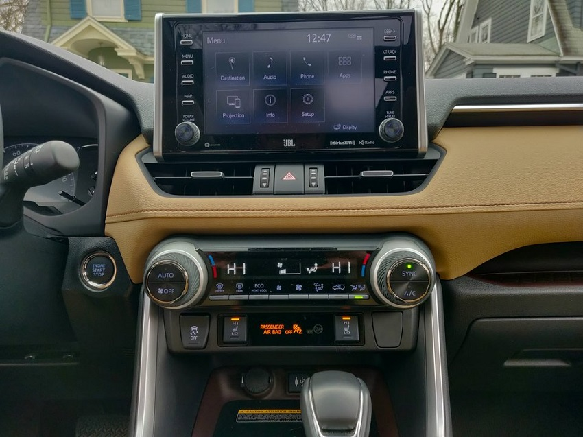 So sánh Toyota RAV4 và Subaru Forester 32