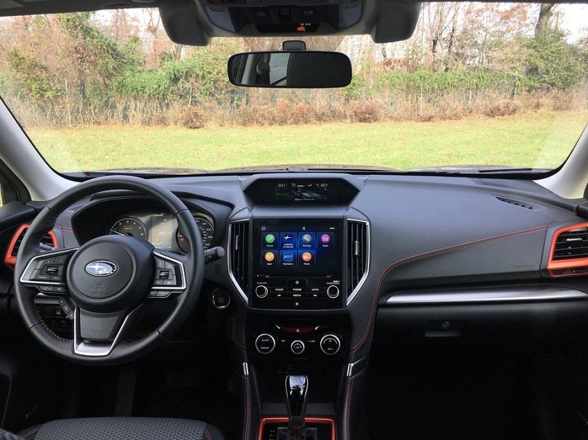So sánh Toyota RAV4 và Subaru Forester 5
