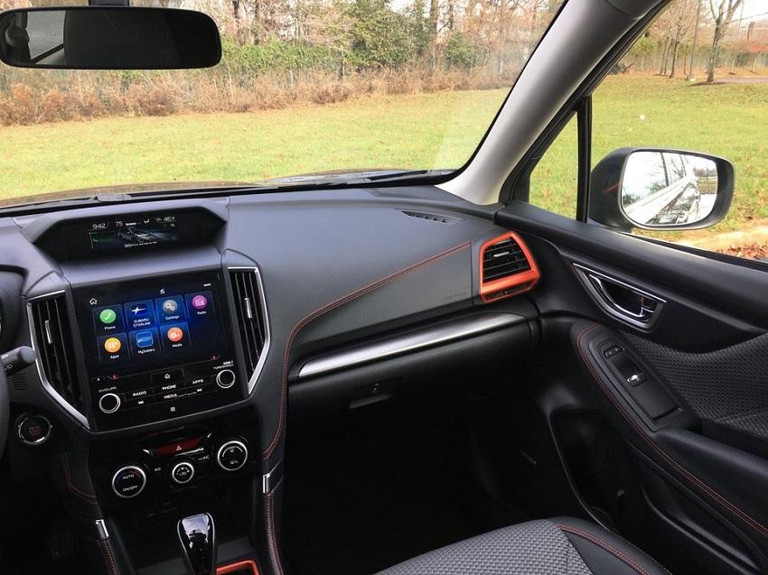 So sánh Toyota RAV4 và Subaru Forester 6