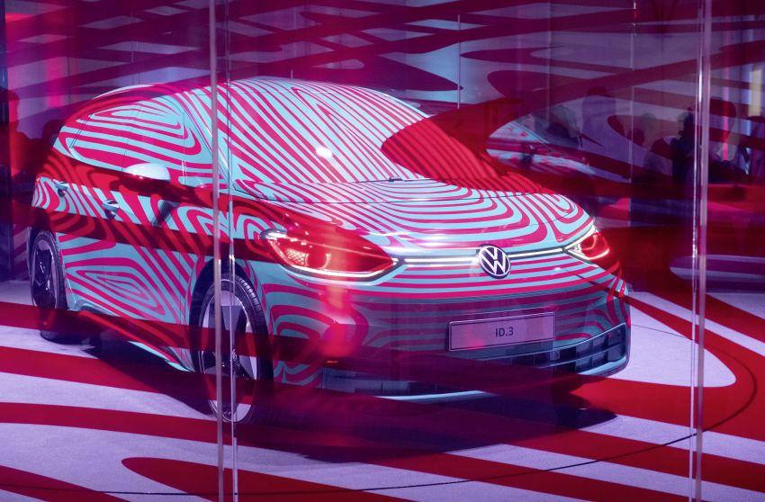 Xe điện ID.3 của Volkswagen bắt đầu nhận đơn đặt hàng của khách châu Âu 2
