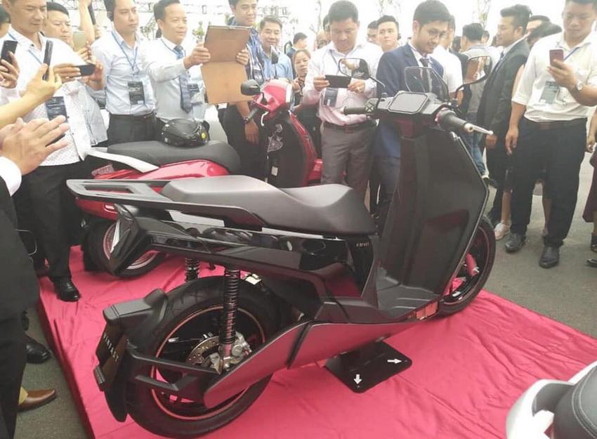 hình ảnh xe máy điện VinFast V9
