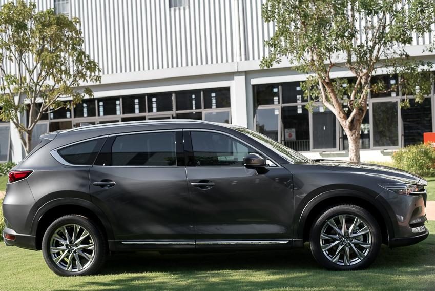 Mazda CX-8 mới ra mắt với 3 phiên bản - 15