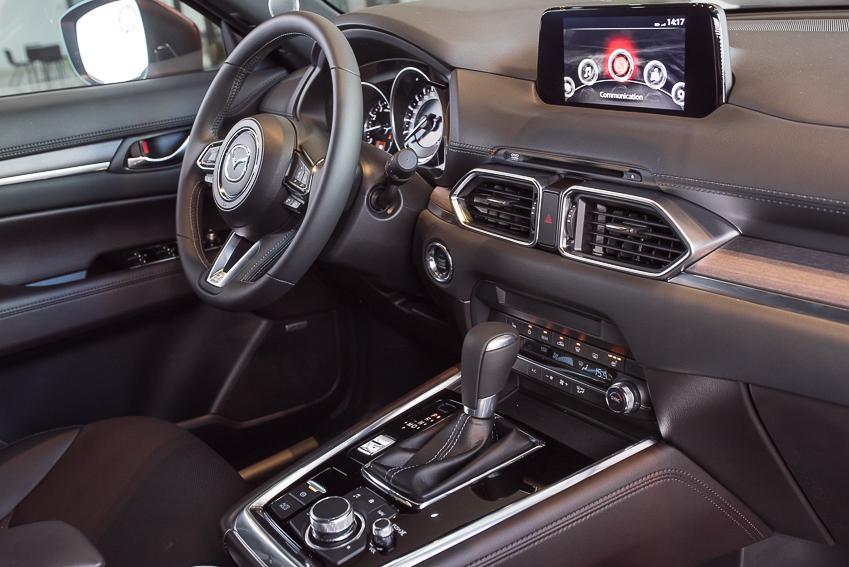 Mazda CX-8 mới ra mắt với 3 phiên bản - 8