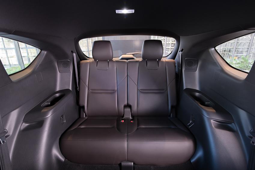 Mazda CX-8 mới ra mắt với 3 phiên bản - 9