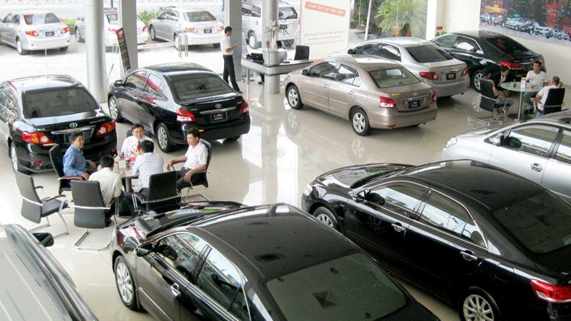 Rủi ro từ việc các ngân hàng mạnh tay cho vay mua ôtô 1