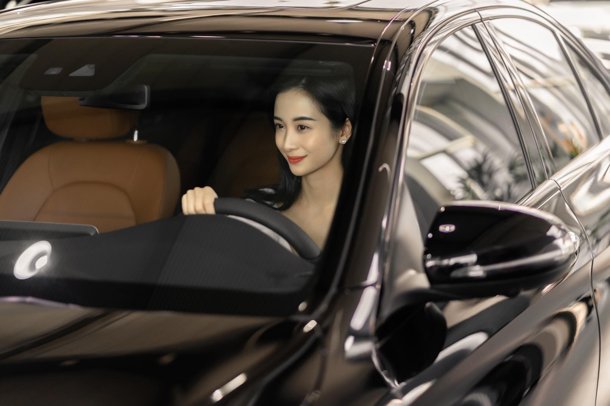 Diễn viên Jun Vũ tậu xe sang mừng sinh nhật tuổi 24 - 4