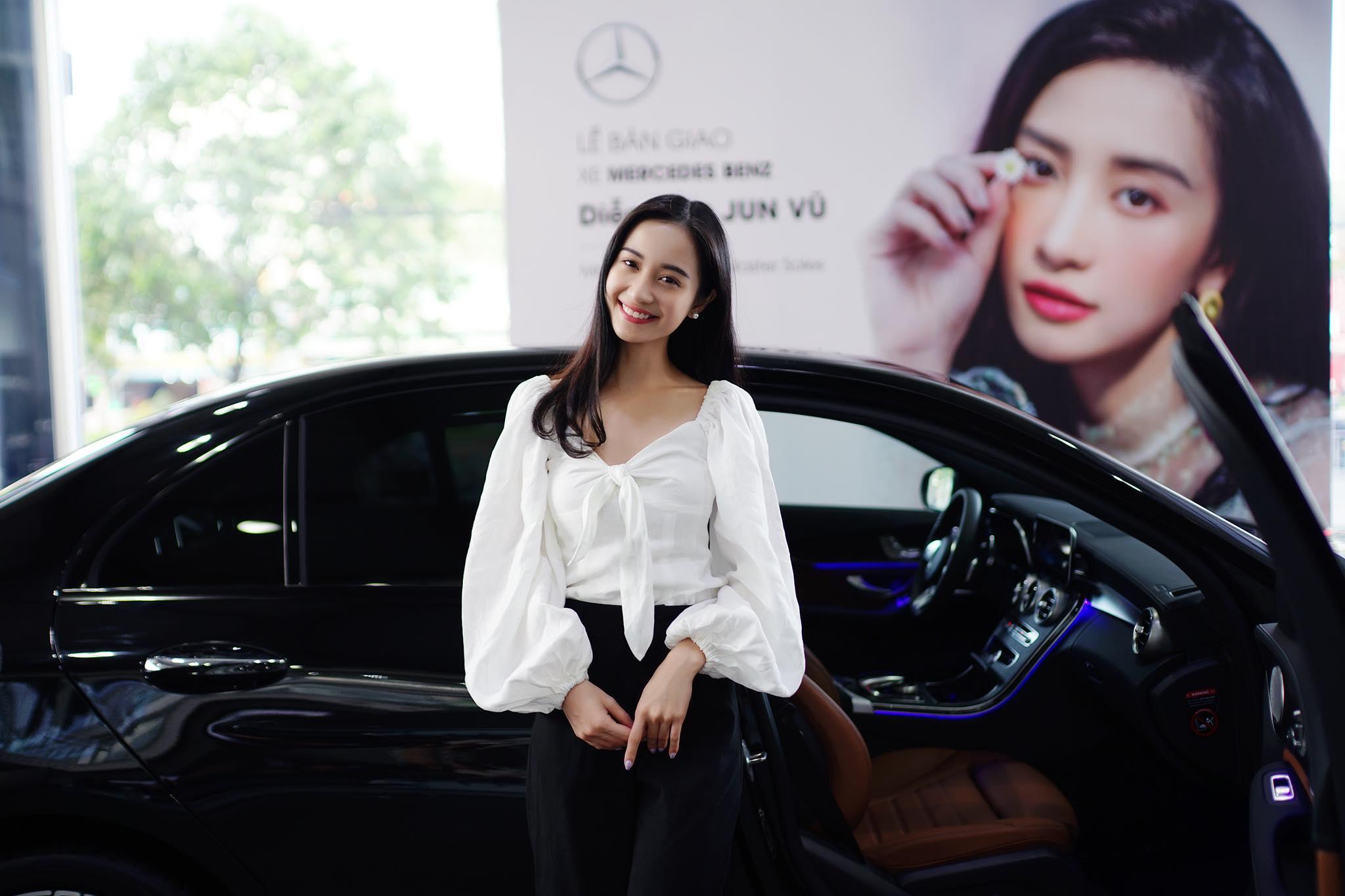 Diễn viên Jun Vũ tậu xe sang mừng sinh nhật tuổi 24 - 7