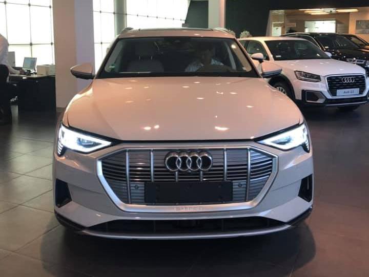 Xe điện Audi E-Tron bất ngờ xuất hiện tại Việt Nam 1