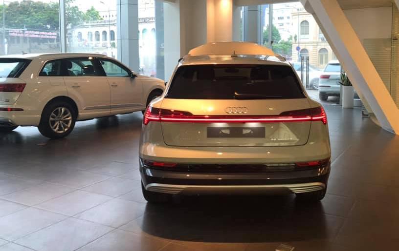 Xe điện Audi E-Tron bất ngờ xuất hiện tại Việt Nam 3