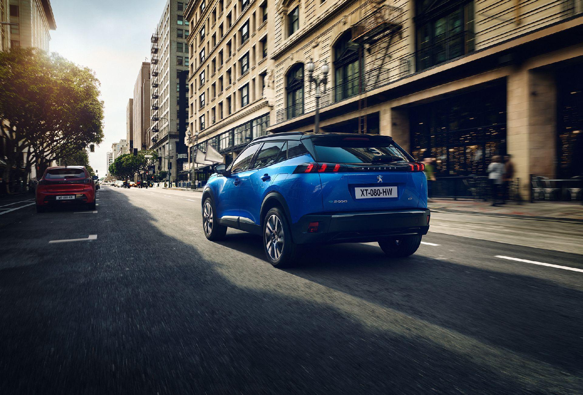 Peugeot giới thiệu thế hệ mới 2008 có thêm phiên bản chạy hoàn toàn bằng điện - 3
