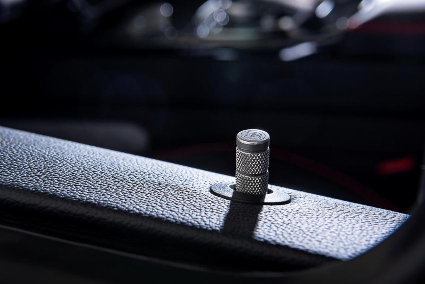 Mercedes-AMG G63 hầm hố khi qua tay hãng độ Brabus, sản xuất đúng 20 chiếc - 15