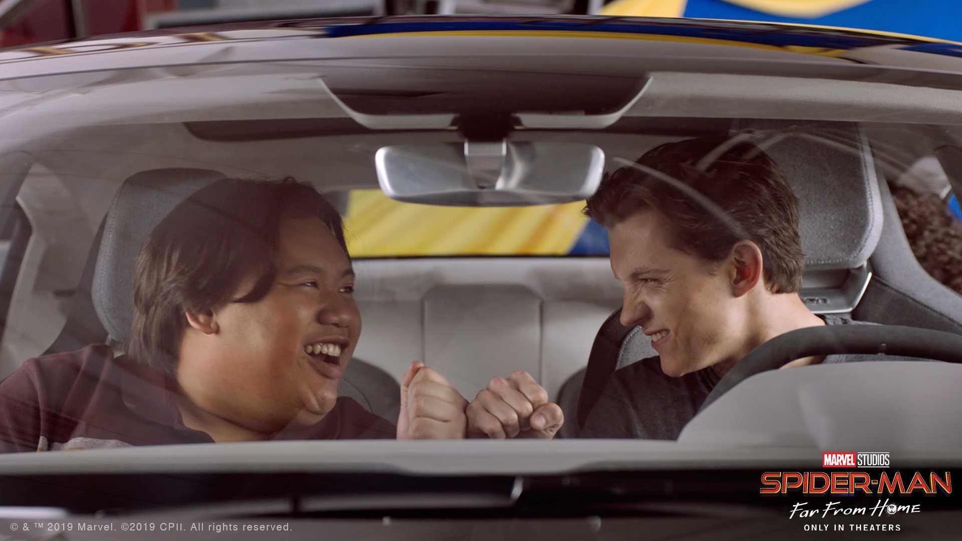 Siêu xe điện Audi e-tron GT trong phim bom tấn Spider-Man: Far From Home - 2