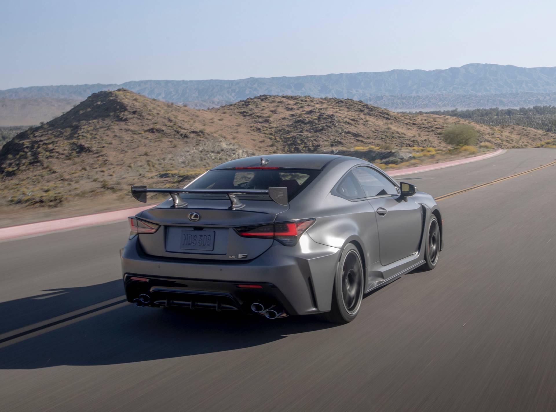"""Lexus RC F cùng điệp vụ áo đen trong """"Men in Black"""" 12"""