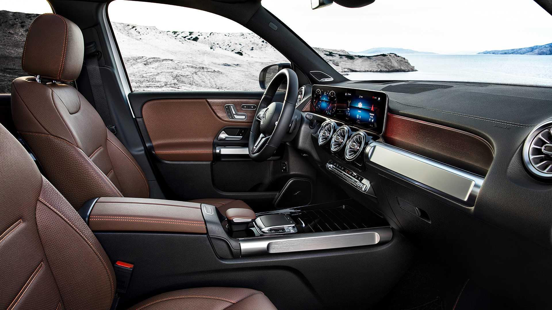 Mercedes-Benz GLB gây bất ngờ với thiết kế 7 chỗ dành cho gia đình - 21