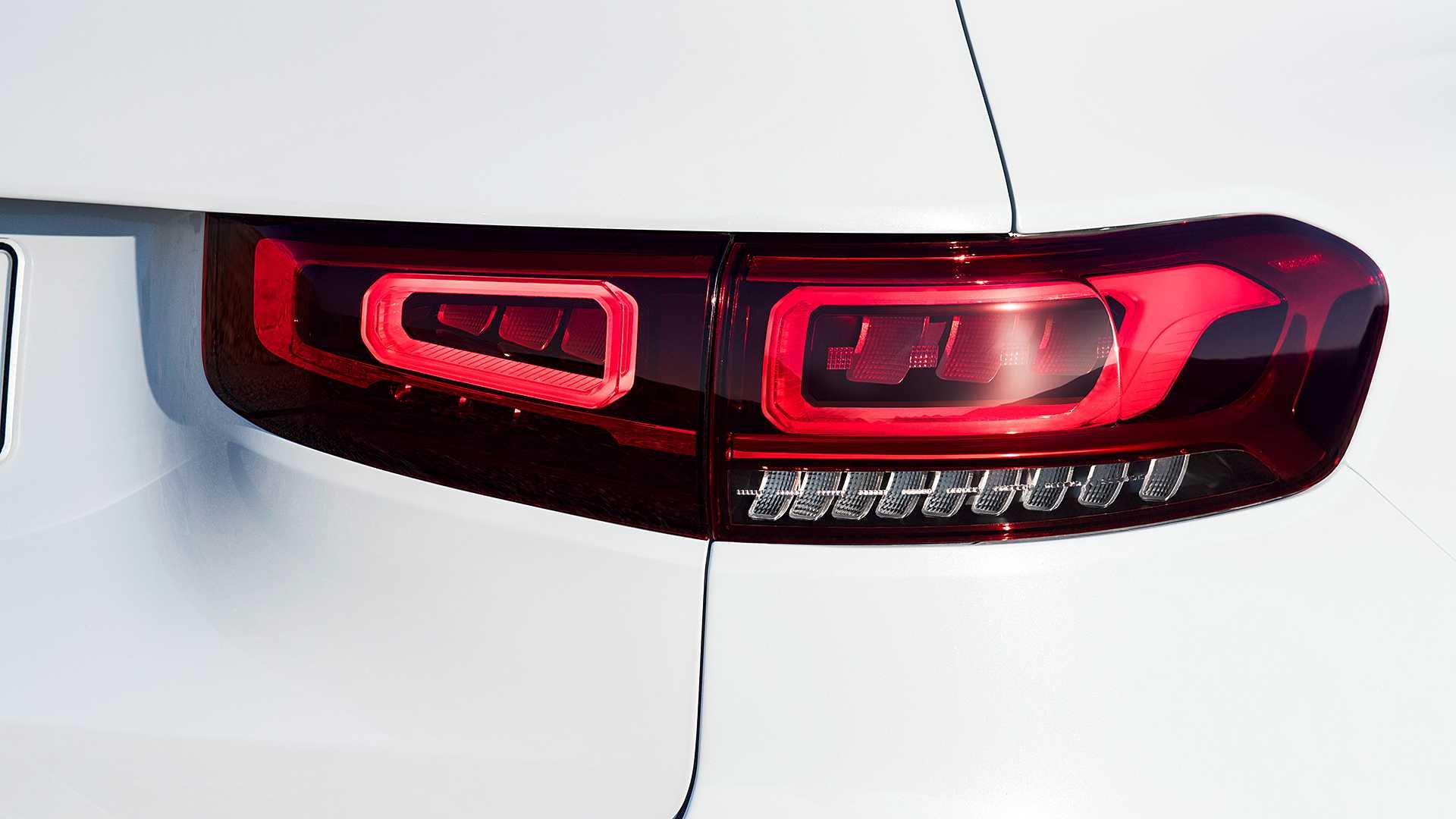Mercedes-Benz GLB gây bất ngờ với thiết kế 7 chỗ dành cho gia đình - 25