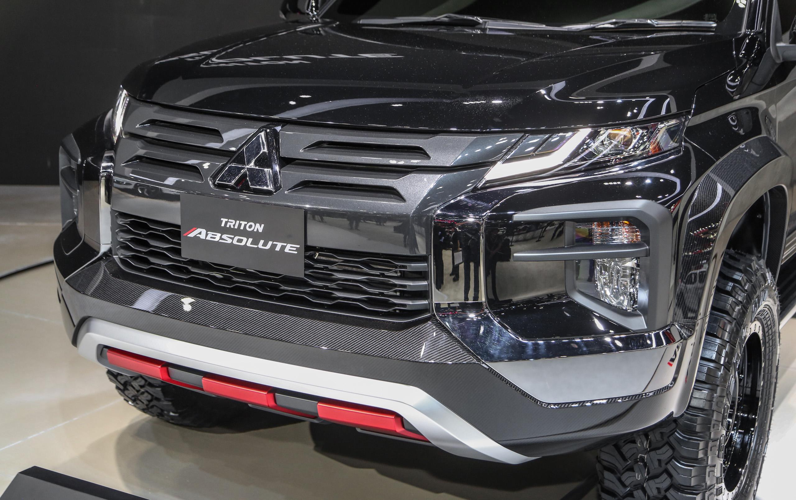 Mitsubishi Triton Absolute cạnh tranh với đối thủ Ford Ranger Raptor - 7