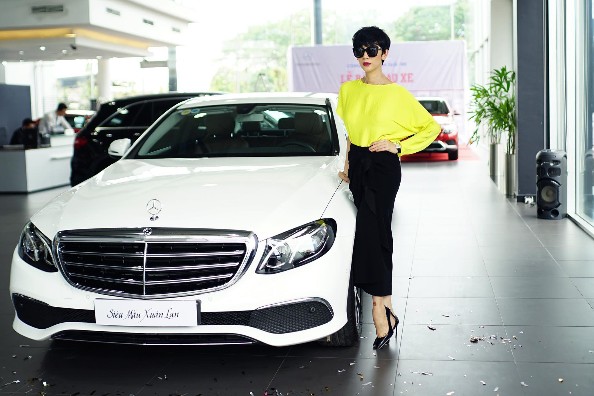 Siêu mẫu Xuân Lan tậu xe Mercedes-Benz E200 hơn 2 tỷ đồng - 06
