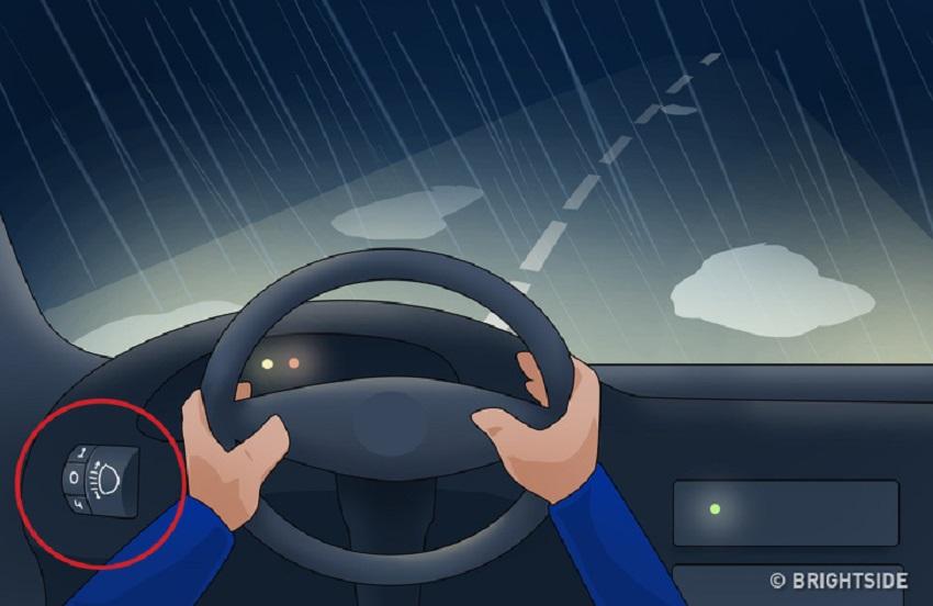 6 mẹo lái xe giúp bạn tránh tai nạn trong điều kiện thời tiết xấu 4