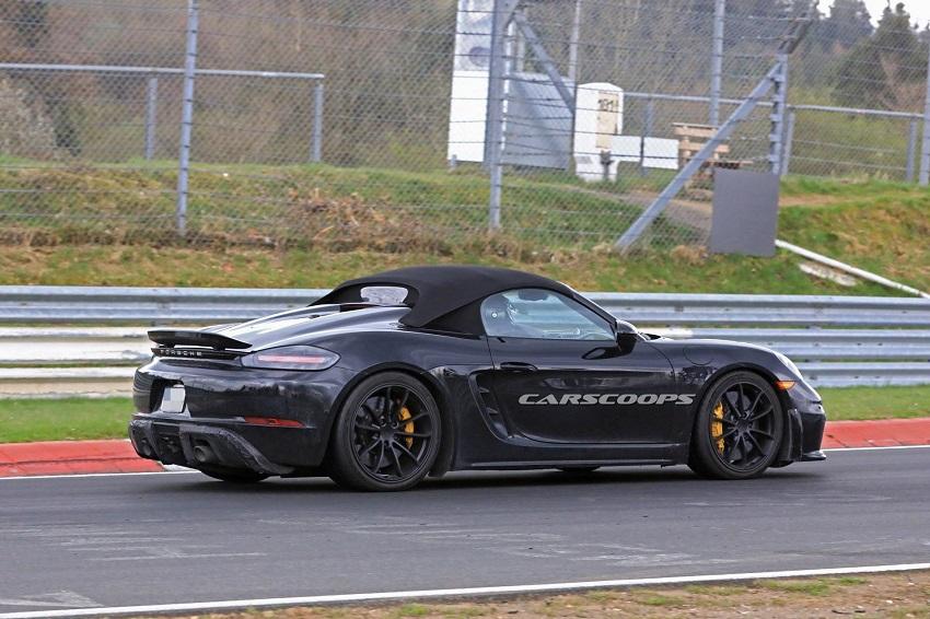 Porsche tung teaser về mẫu xe mới - 5