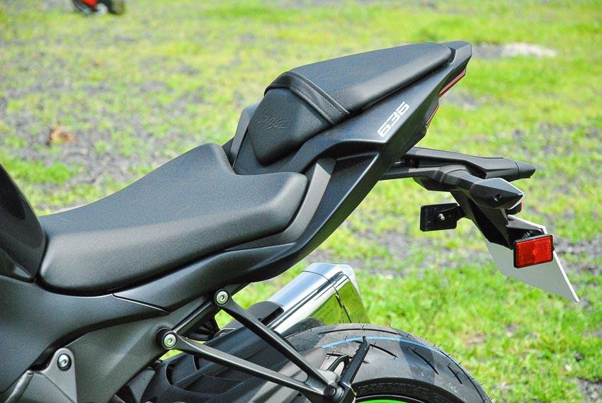 Cận cảnh mẫu xe môtô Kawasaki Ninja ZX-6R 2019 mới về Việt Nam - 13