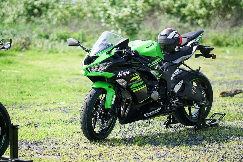 Cận cảnh mẫu xe môtô Kawasaki Ninja ZX-6R 2019 mới về Việt Nam - 16